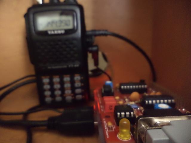 Raspberry Pi 3 + TNC-Pi2 + Yaesu FT-60R