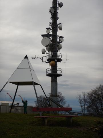 Antenna tower with 2m RMS on top of Hoernli mountain - 1130m asl